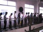 主办单位组织参观电镀厂
